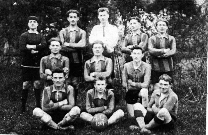 Equipe de foot « Aurore de Crédin »